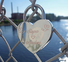 Load image into Gallery viewer, Engraved love lock