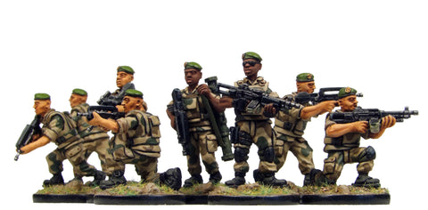 (100MOD100a) 28mm FrenchForeignLegionnaires in berets Set