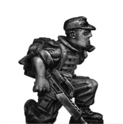 (100MOD019) German Bundeswehr radio man with G36