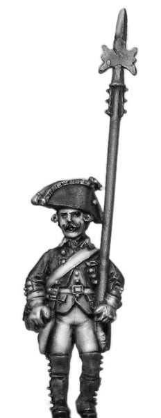 (100WFR337) Russian Musketeer NCO, no lapels, halberd, marching