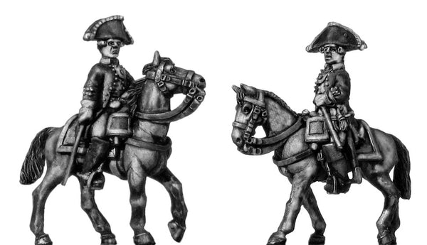 (100WFR354) Russian Mounted Officer, no lapels