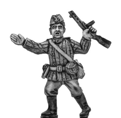 (100WWT008) Soviet infantry Officer in side cap