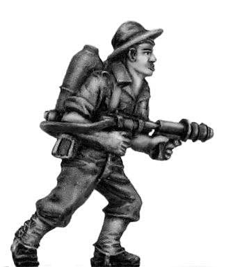 (100WWT072) Australian infantry with flamethrower, slouch hat (2 figure set)