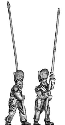 (300CMW040) British Grenadier standard bearer