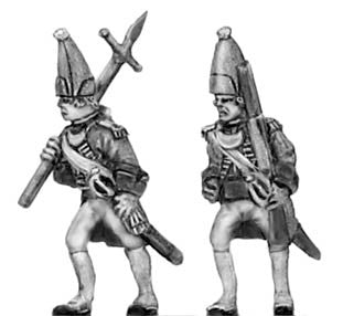 (300SYW509) Grenadier officer in mitre, musket & bayonet