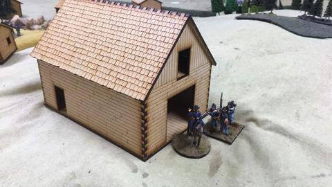 (BAL1093) Barn 28mm