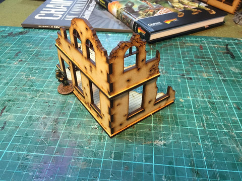 (BAL1008) City Building Ruin 1 28mm