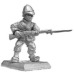 (PAXR24) British infantryman advancing with fixed bayonet