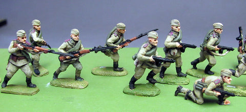 (INS01) Soviet Infantry, Caps, rifles advancing- 8 figure set