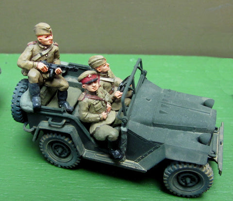 (TCS06) Gaz Jeep set x 3 figures