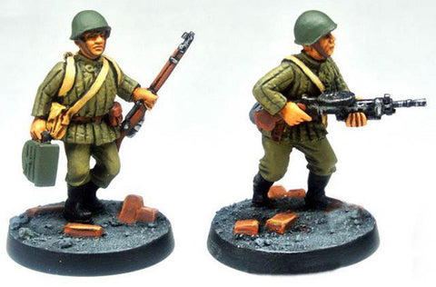 (100WWT005) Soviet Infantry LMG team in helmet