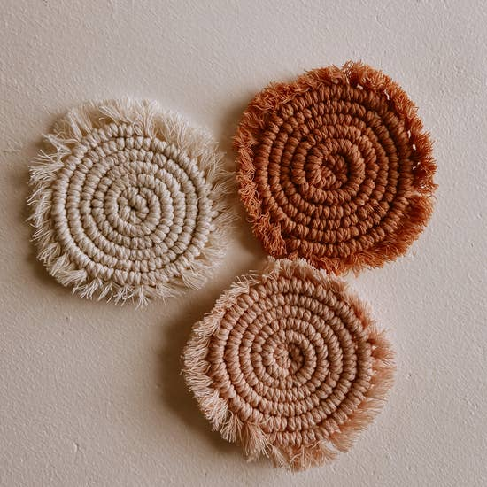 Load image into Gallery viewer, Kera Sunrise Macrame Coasters