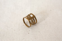 Load image into Gallery viewer, Louie Jewelry - Geo Ribcage Ring