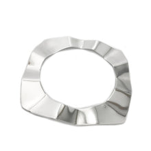 Load image into Gallery viewer, Ripple Bangle - Silver