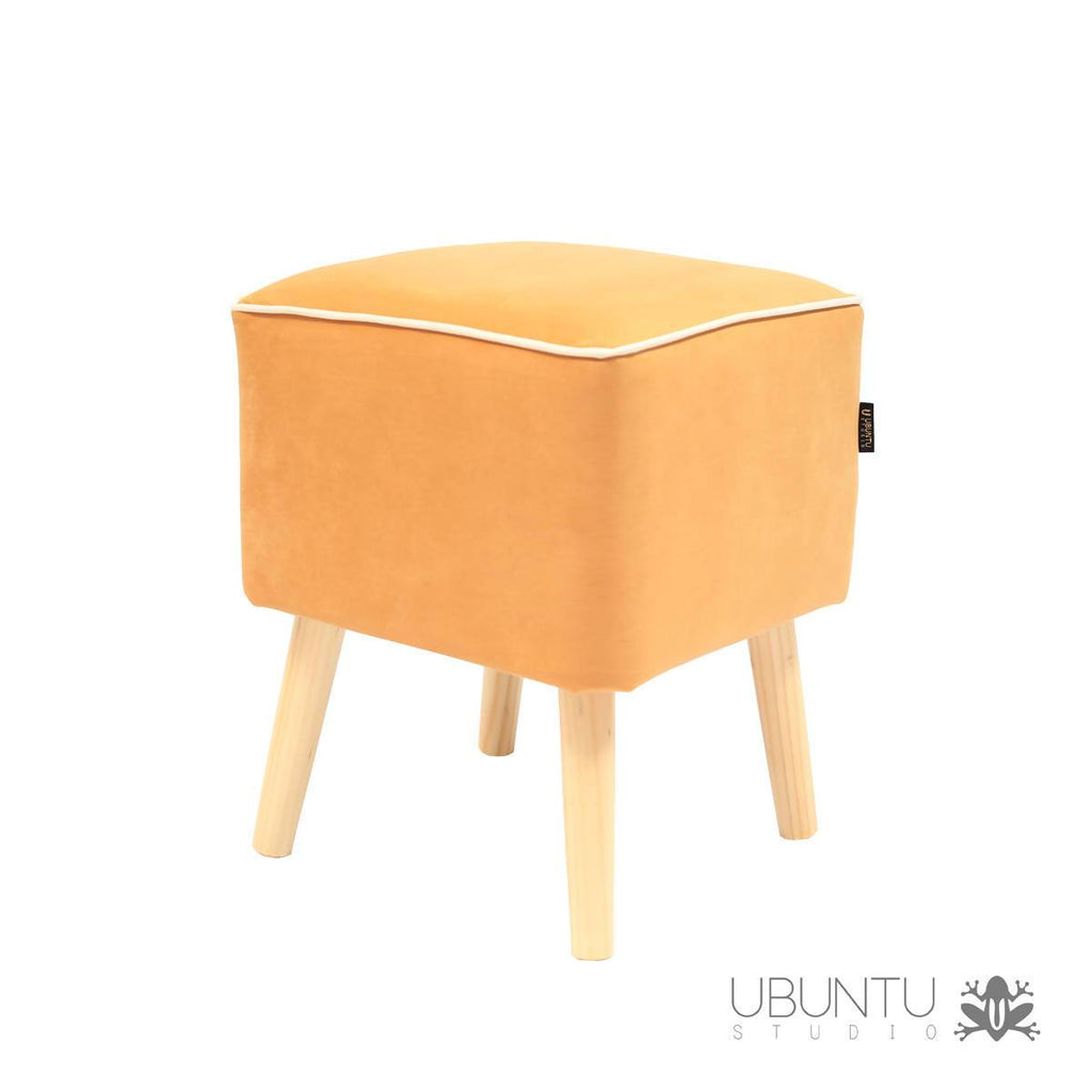 Pouf New Line Mustard - CCARD