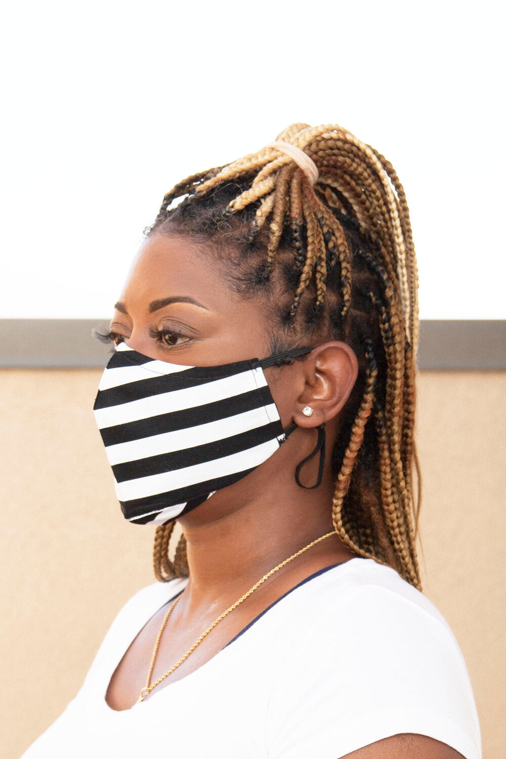 Black/White Horizontal Stripe Secure-Fit Face Mask - pacorogiene