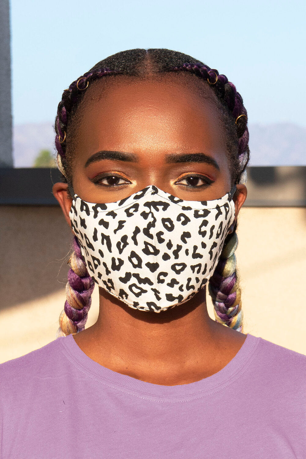 White Cheetah Print Secure-Fit Face Mask - pacorogiene