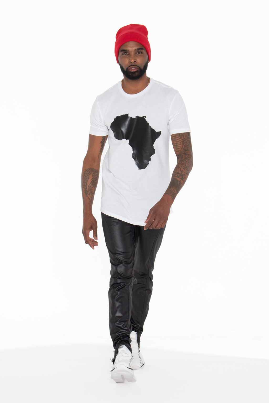 (PRE-ORDER) Africa Curved Hem Graphic T-Shirt (Black) - pacorogiene