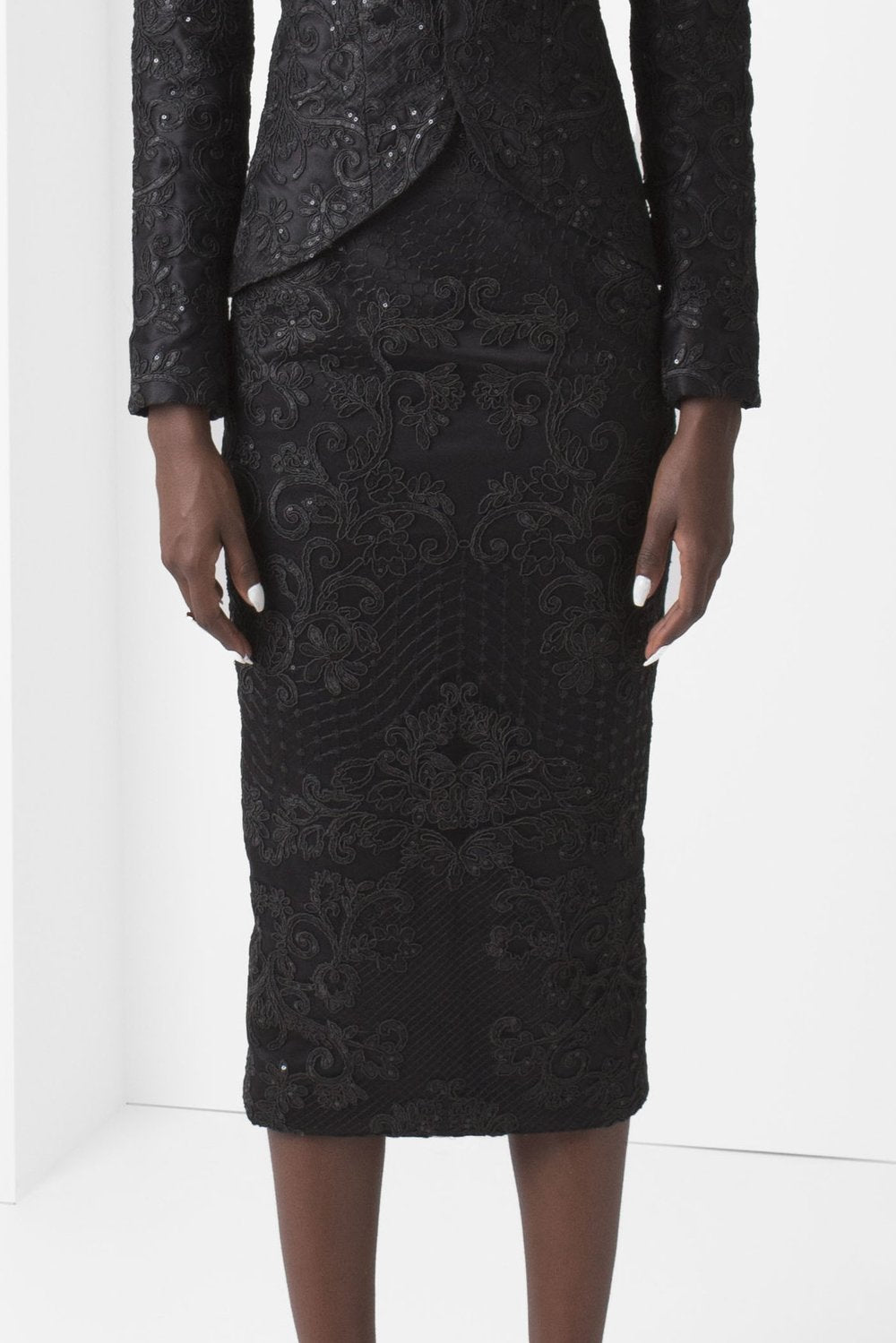 Black High-Rise Embroidered Lace Pencil Skirt with Ruffle Detail - pacorogiene