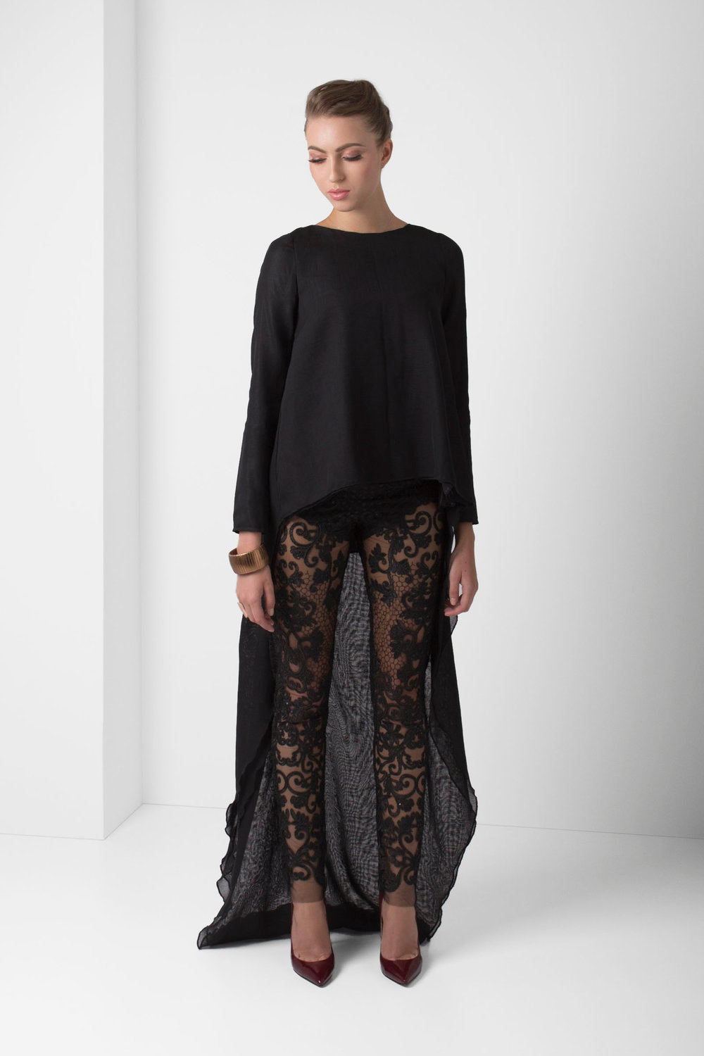 Black Unlined Embroidered Lace Pants - pacorogiene