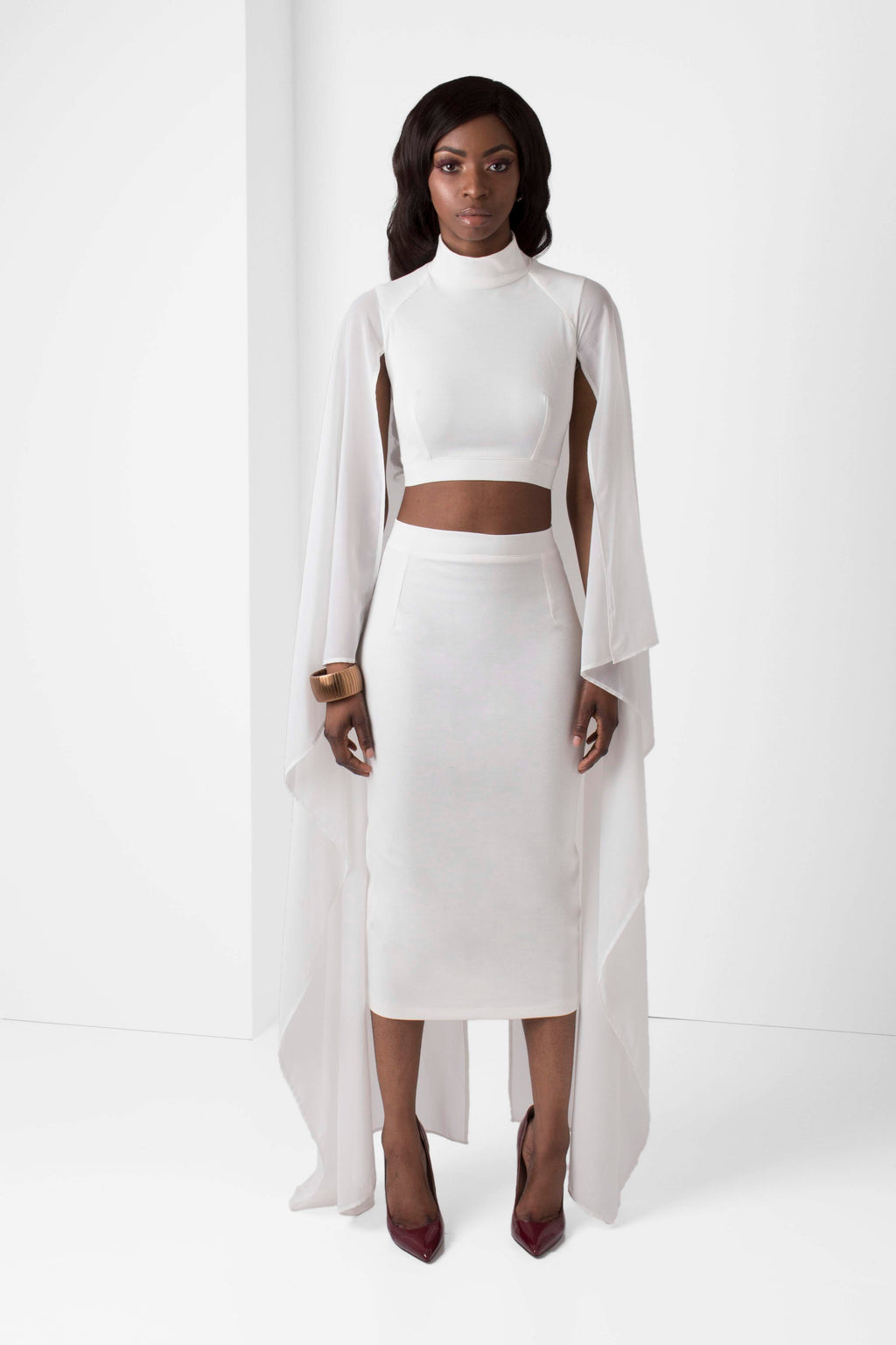 Off-White Crop Top with Chiffon Sleeve - pacorogiene