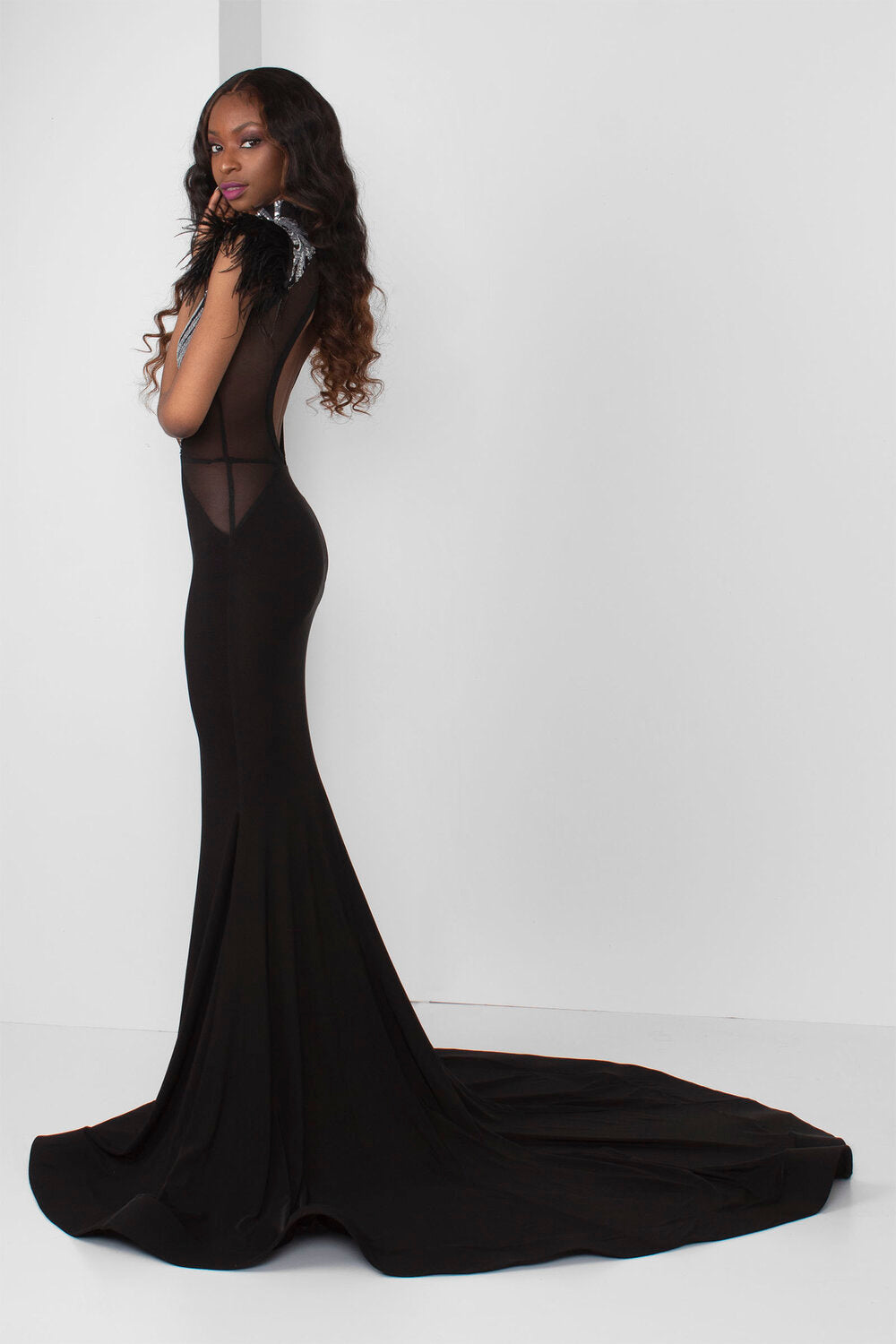 Silver Sequin Sweetheart Illusion Gown (Black) - pacorogiene