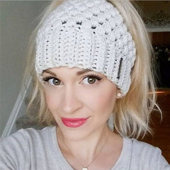 Winter-Warm-Holes-Hats-For-Women-Ponytail-Beanie-Hat-Female-Messy-Bun-Stretch-Crochet-Ponytail-Fashion