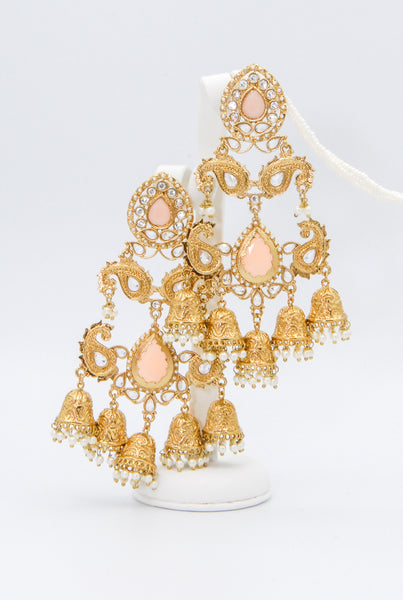 Exquisite elaborate gold earrings