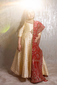 Girls cream Anarkali