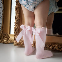 Load image into Gallery viewer, Pretty Originals Knee High Bow Socks in Blue, Pink, Lilac or White