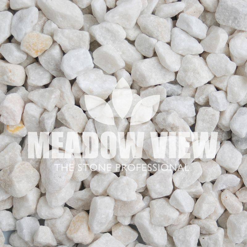 Arctic White Chippings 20mm