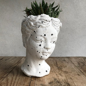 Cati Lady Face Pot