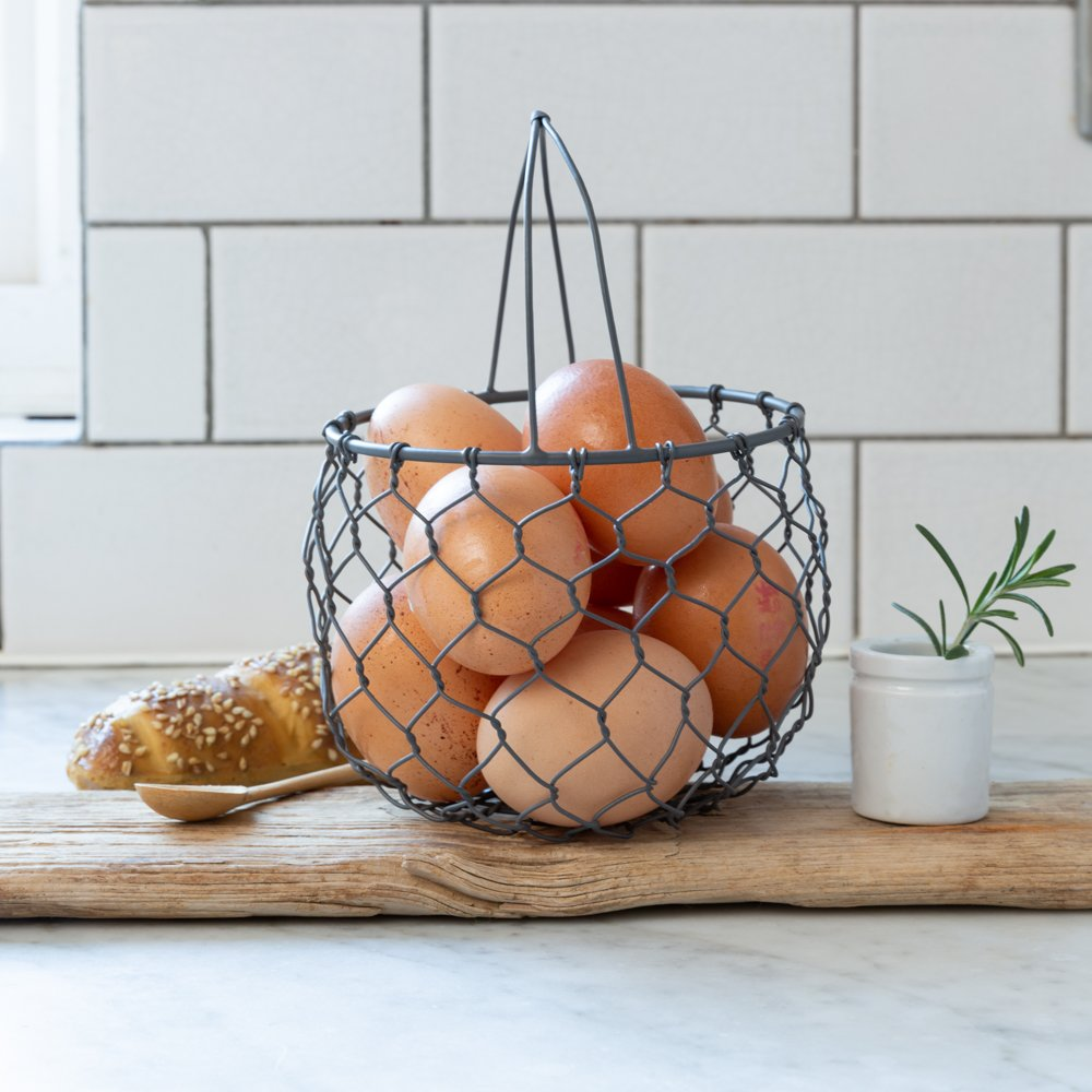 Small Round Wire Basket With Handle