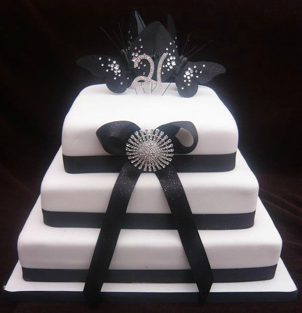 3 Tier brooch and bow cake