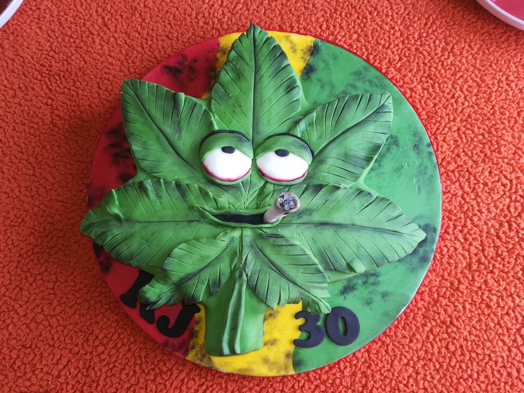 Cannabis smoking Marjuana cake