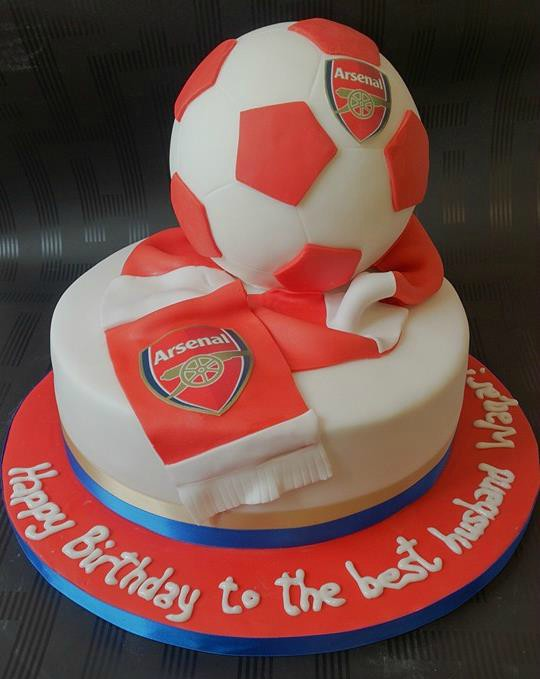 3D football and scarf on cake
