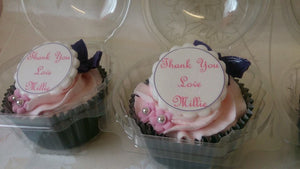 Personalised edible image cupcakes