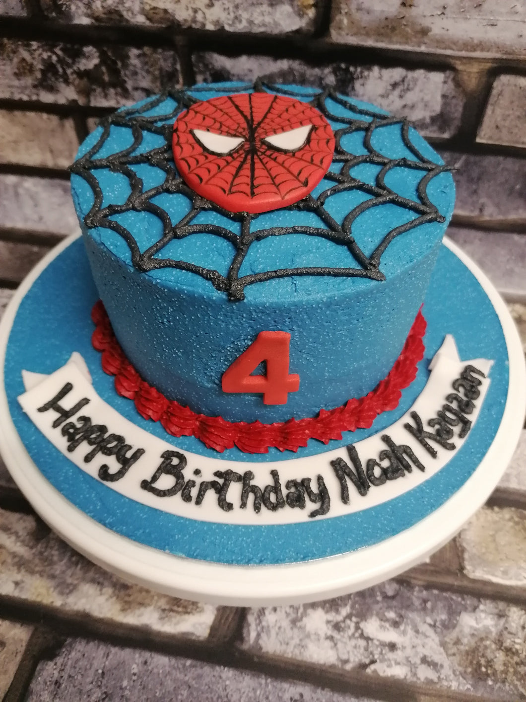 Simple spiderman cake