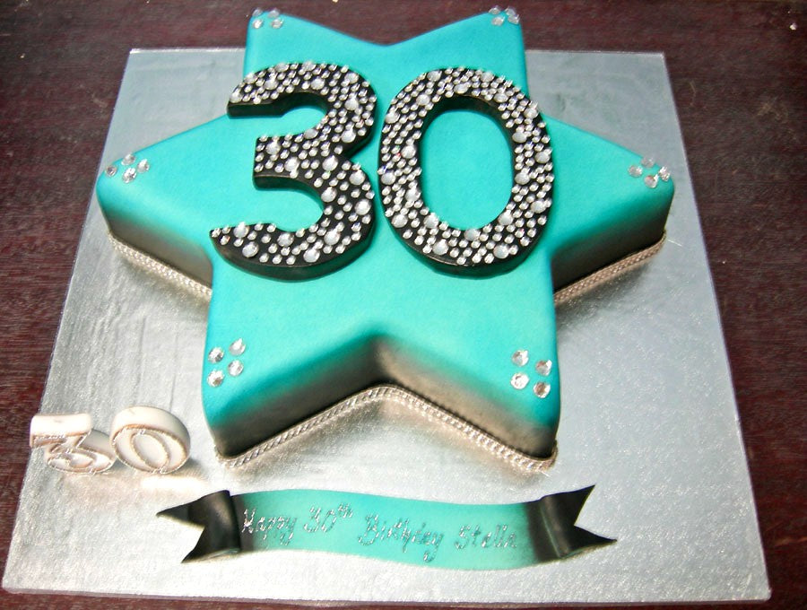 Star shaped bling cake