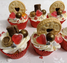 Load image into Gallery viewer, Valentine Sweety cupcakes