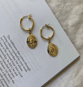Mary Hoops - Gold