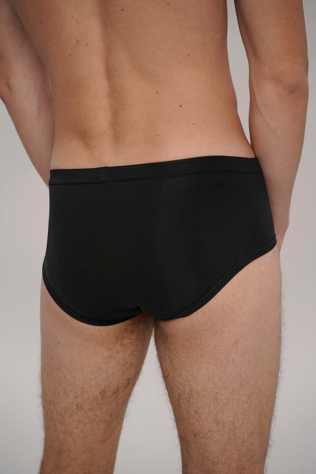 brief black