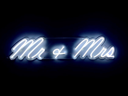 Neon LED Mr & Mrs #NEONLookED - BuySam