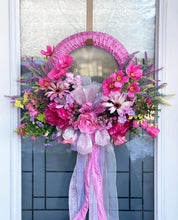 Load image into Gallery viewer, Pink Stunning Wreath.