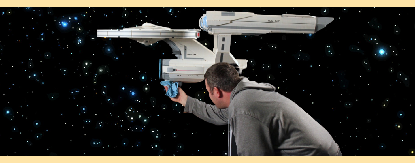 LEGO MOC Star Trek USS Enterprise et Chris Melby