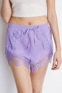 Lily lilac lace shorts