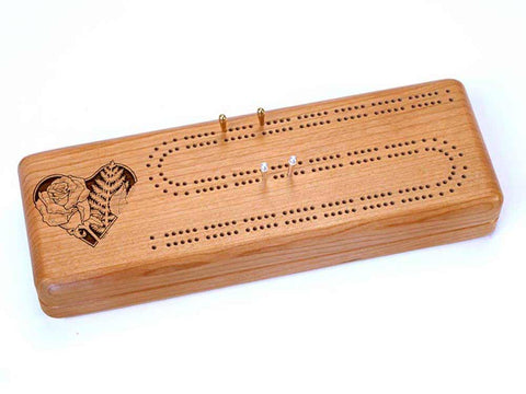 Top View of a Cribbage Board w/ Cards with laser engraved image of Roses in Heart