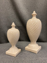 "Load image into Gallery viewer, 16"" ceramic finial"