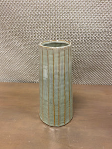 Vertical Ribbed Vase (sm)
