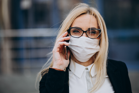 Resume your activities with a 3-layer surgical mask